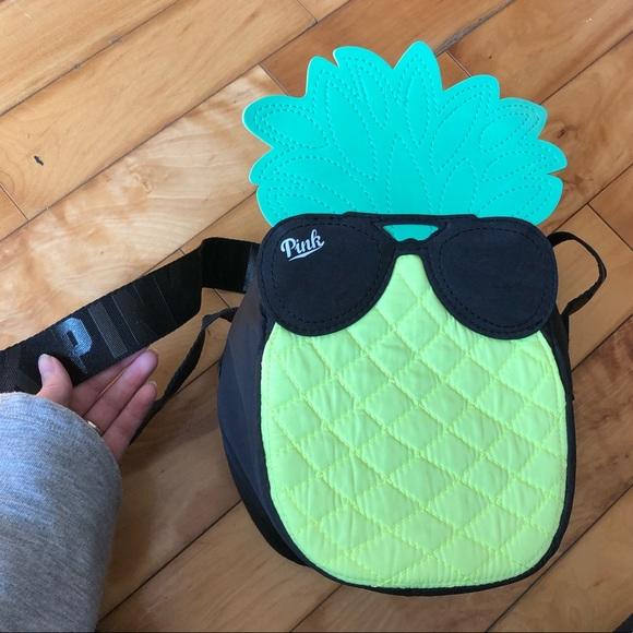 VS Pink Pineapple Lunch Bag